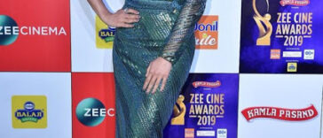 Actress Sophie Choudry Zee Cine Awards Red Carpet Photos 17