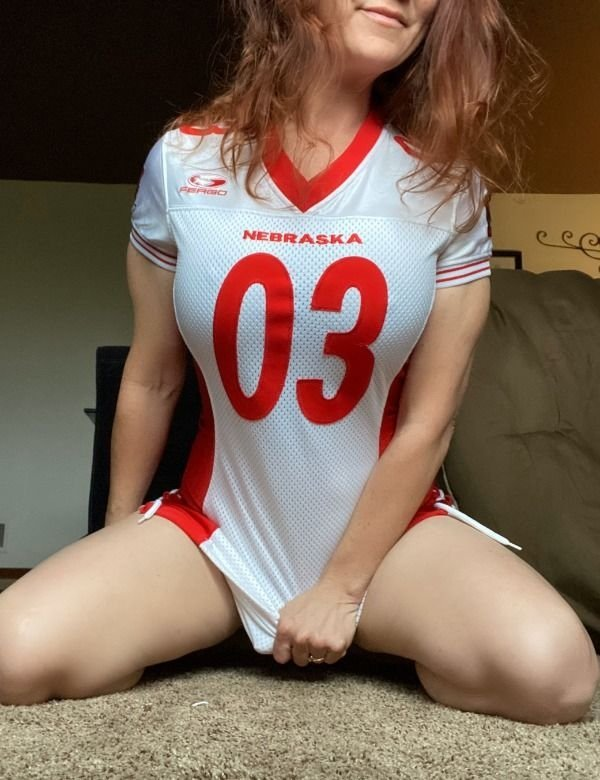 Root root for her team: Hot Girls Challenge Edition (117 Photos) 2