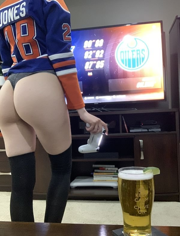 Root root for her team: Hot Girls Challenge Edition (117 Photos) 54