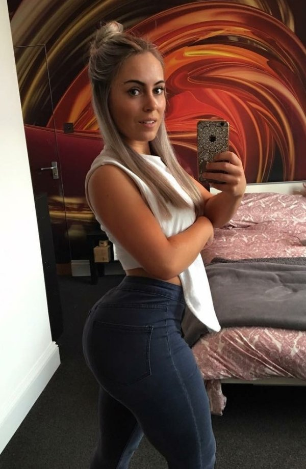 Pin on Super Hot Selfies from Pinterest (16 photos) 33