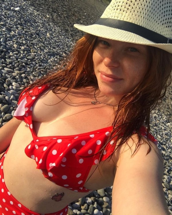 Redhead Beauties (50 pics)