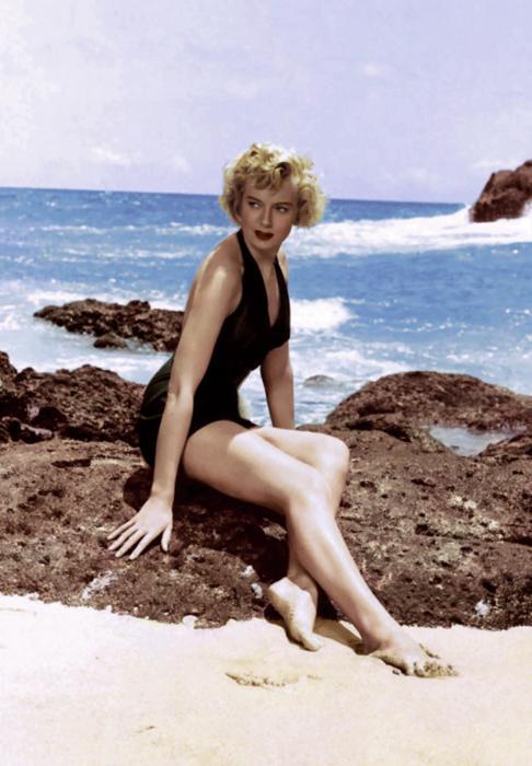 51 Hottest Deborah Kerr Bikini Pictures Are Windows Into Paradise 7