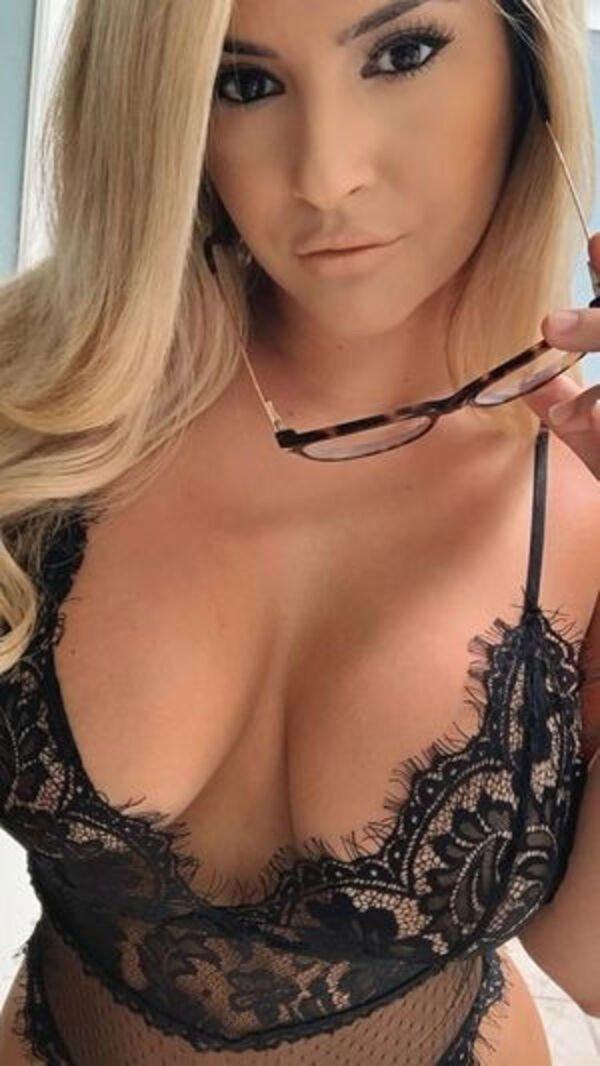 44 Hottest Girls In Lingerie 11