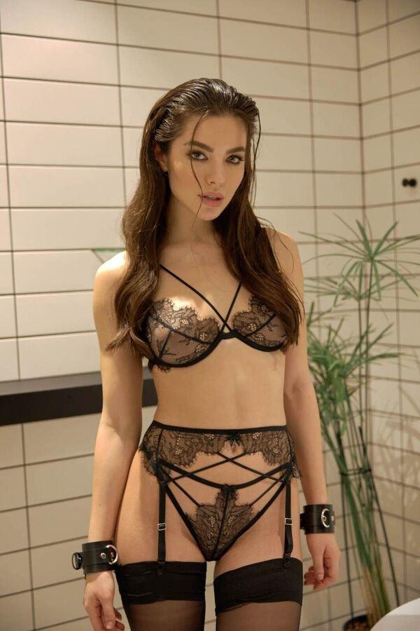 44 Hottest Girls In Lingerie 39