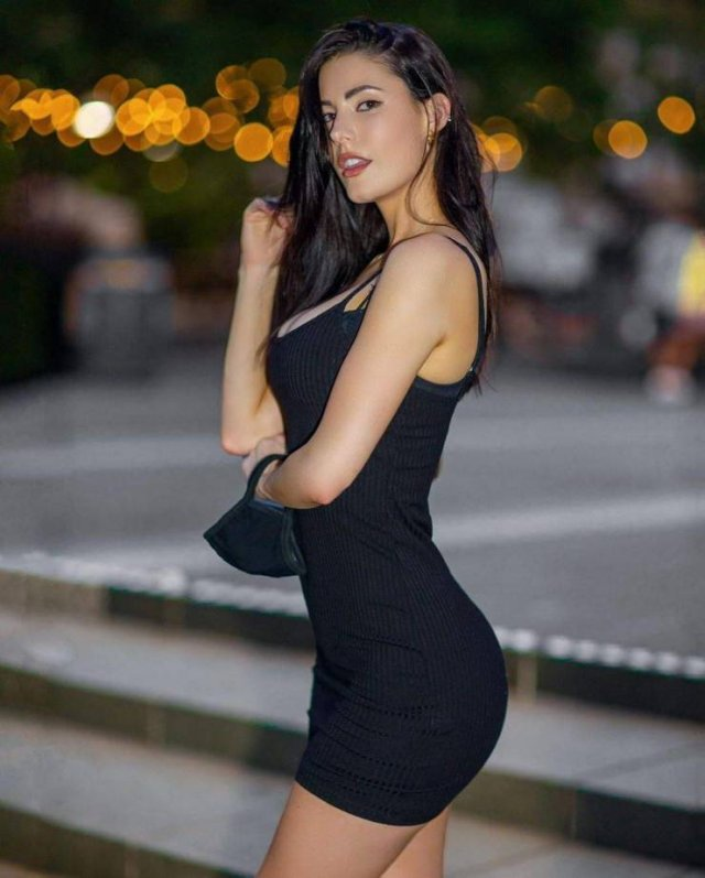49 Hot Girls In Tight Dresses 15