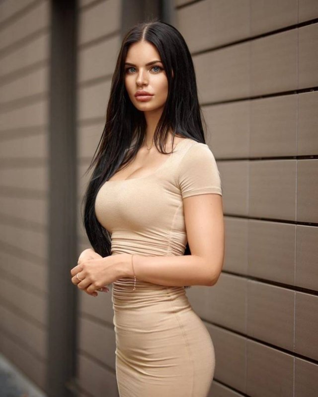 49 Hot Girls In Tight Dresses 30