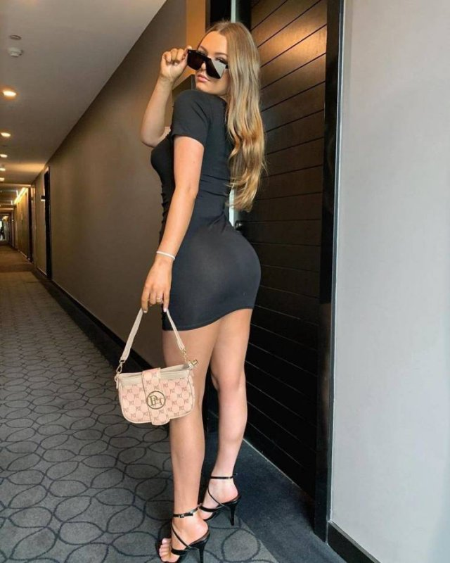 49 Hot Girls In Tight Dresses 35