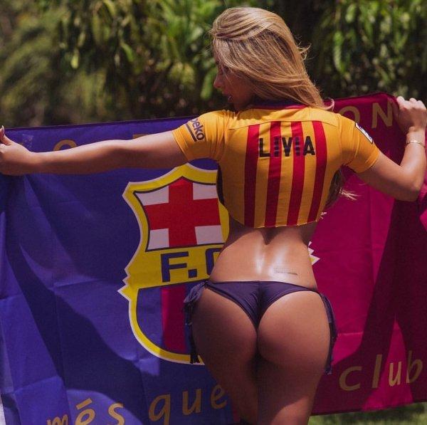The Hottest Sport Fan Girls Around The Net 17