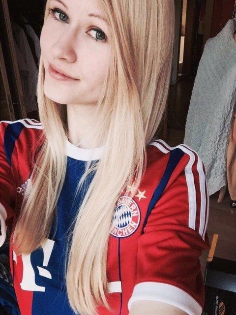 The Hottest Sport Fan Girls Around The Net 23