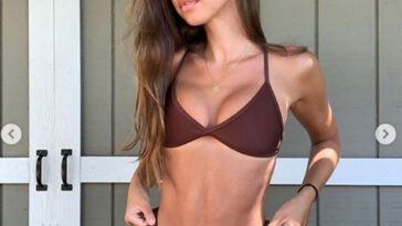 This fitness model is called Brit and she is very hot! 6