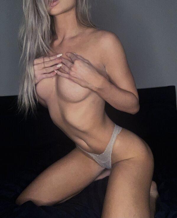 Sexy Hot Girl Photos Perfect Body Lingerie Legs Pic (55 Photos) 45