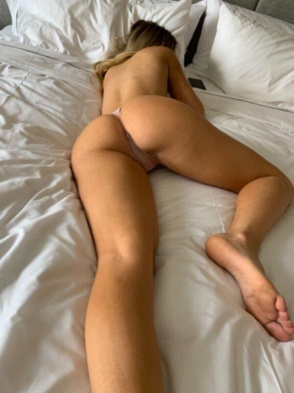 Sexy Hot Girl Photos Perfect Body Lingerie Legs Pic (55 Photos) 10