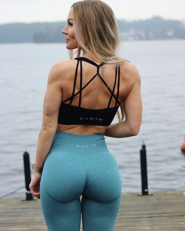 An excellent hot. We're Going Gaga for Yoga Girls (35 Photos) 10