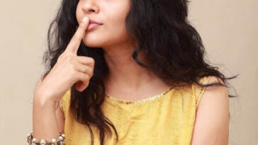 Tamil Actress Sshivada Latest Image Gallery 5