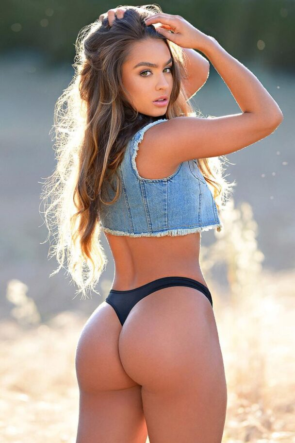 Sommer Ray – Gallery 7