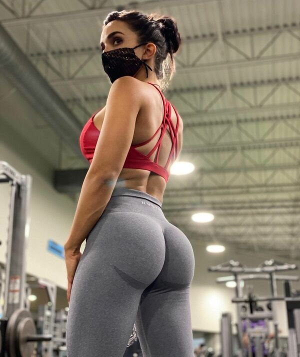 An excellent hot. We're Going Gaga for Yoga Girls (35 Photos) 35